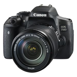 CANON 750 D with 18-135